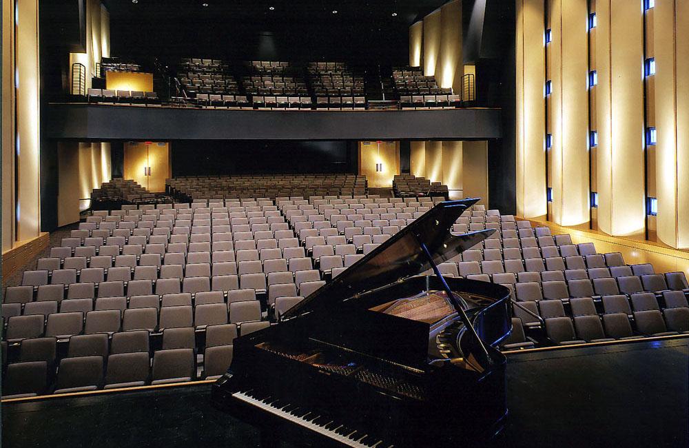 97033_auditorium_feature